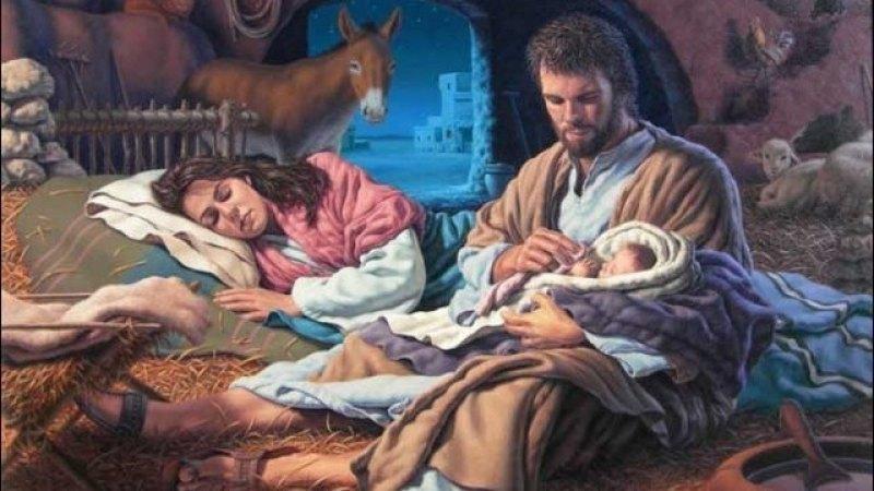 Imagenes Sagrada Familia Navidad.En Navidad No Armes El Belen Pon La Sagrada Familia
